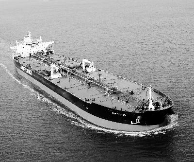 大连远洋巨资造船用意何为?