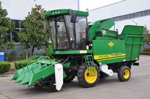 五征集团全新青贮玉米收获机在全国首发