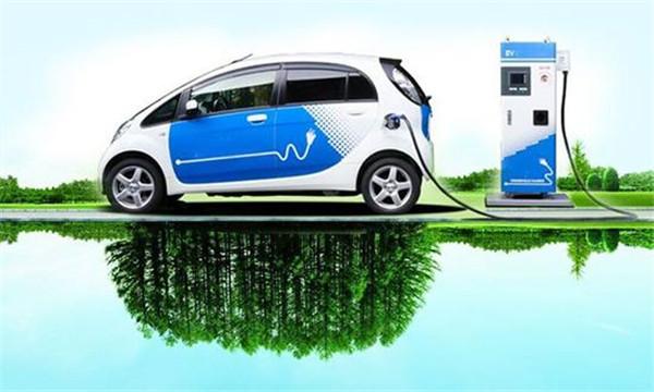新能源汽车产业可借鉴高铁成功经验