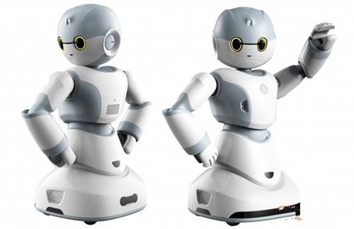 """人工智能热潮来袭 """"机器换人""""再惹争议"""