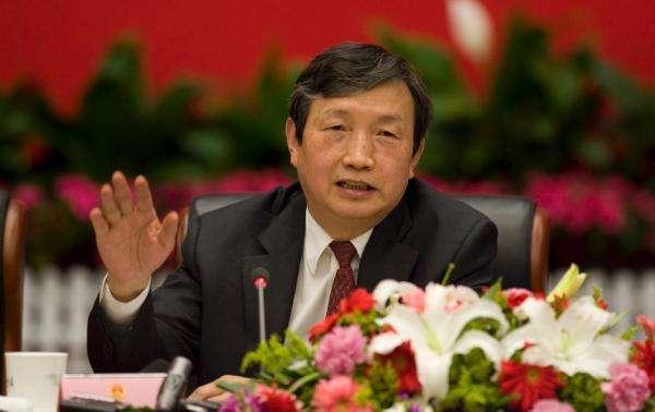 马凯:大力发展智能制造 推进中国制造转型升级