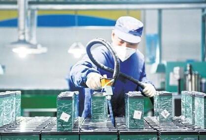 廖振波:锂电结构性过剩 预计五年后全固态电池大规模生产