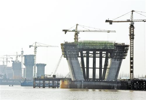池州长江大桥 工程进展顺利