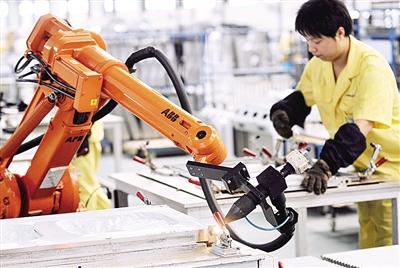 工程机械行业复苏在即 龙头企业开启新一轮竞争