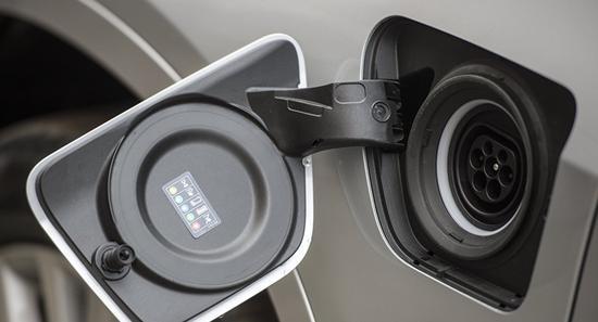 2020年电动汽车在全球汽车市场的份额可达到3%