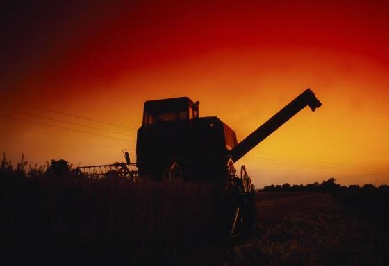 冲破黑暗迎接黎明!农机行业触底反弹并非奢望