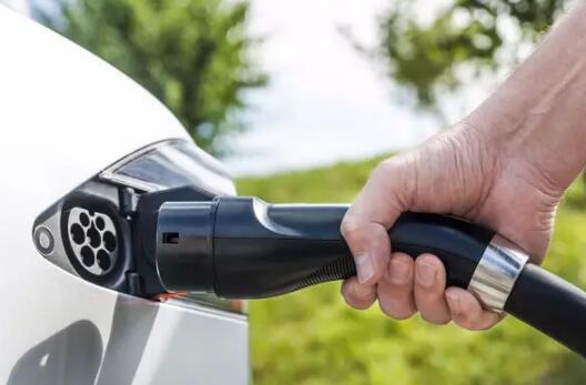 美大学最新研究成果:电动车成本还不到燃油车一半