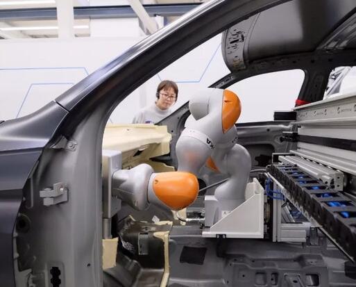 百度又扔下重磅炸弹 某些自动驾驶初创公司尴尬了