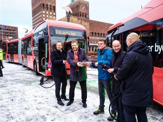 比亚迪欧洲首批纯电动铰接大巴登陆挪威