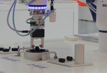2018年机器人行业十大热点事件