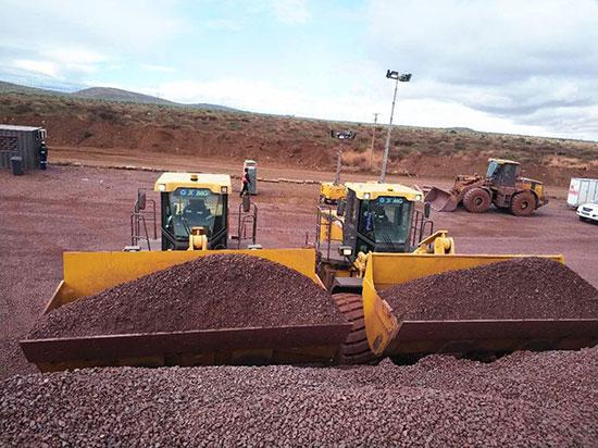 跻身高端!徐工大吨位装载机名扬南非铁矿!