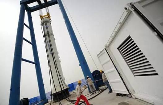 国内首台超大型双作用式全液压海上打桩锤完成试验 打破国外垄断