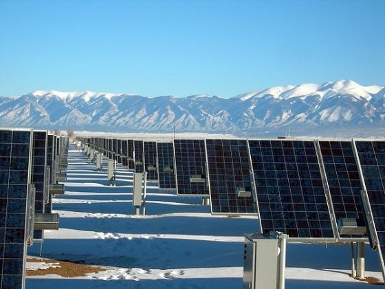 炎热太阳反阻光伏发电 高纬度的低温与长日照有另类优势(附图)