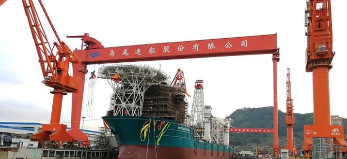全球首制227米深海采矿船在马尾造船出坞
