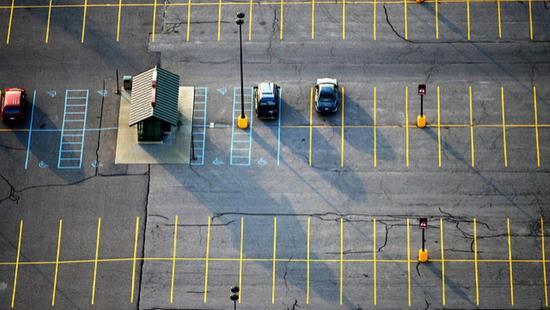 无人驾驶共享汽车到来 未来十年停车场将大部分被拆除