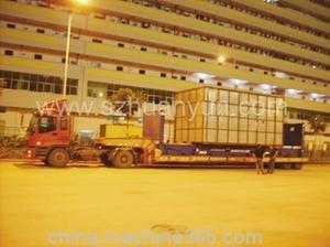 超高平板柜拖车运输