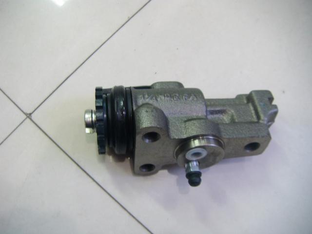 液压汽车气刹车分泵结构图