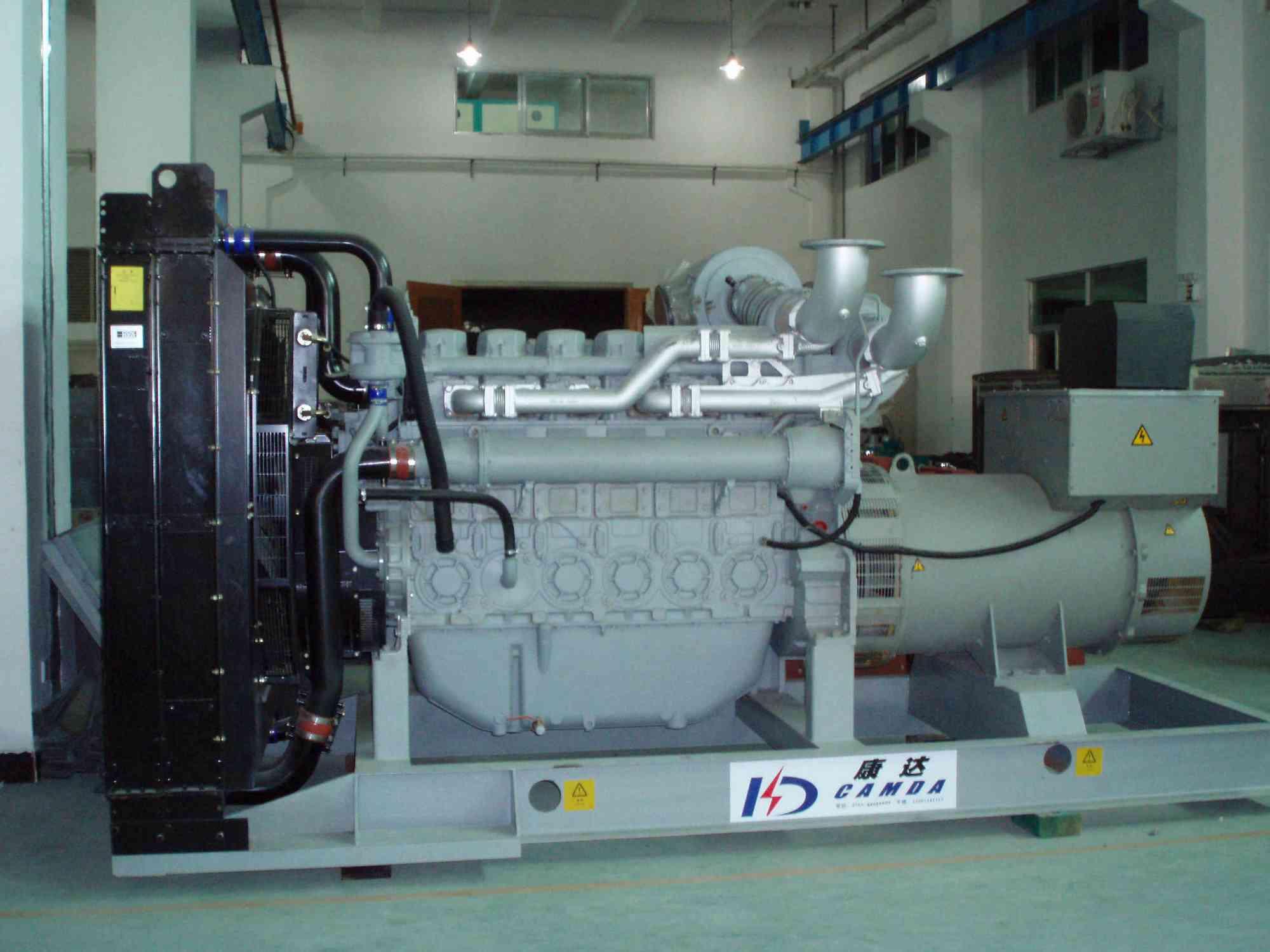 柴油发电机组 供应 珀金斯 40 2000kw系列柴油 发电高清图片