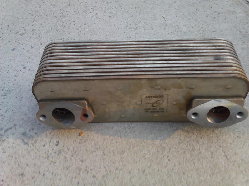 散热器-供应奔驰om501发动机机油散热器