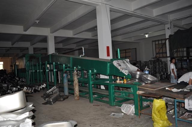 工业电炉-供应荣东盛连续式光亮热处理电炉-中华机械