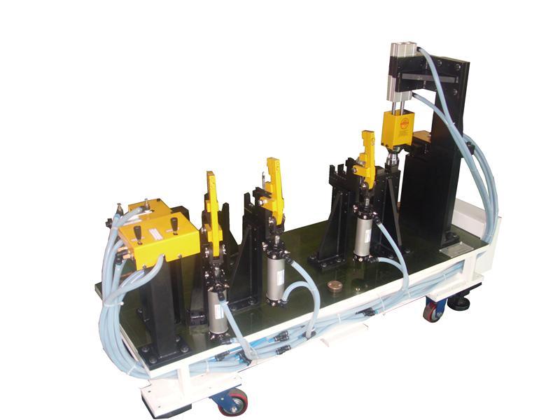 工装夹具-供应汽车右纵梁焊接夹具-中华机械网