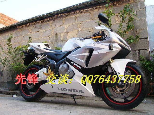 陕西省特价卖新款本田摩托车CBR-600RR
