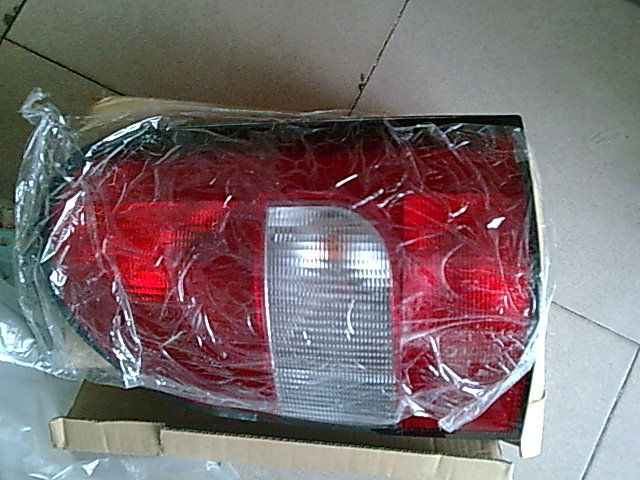 奔驰MB100尾灯配件,大灯,车门总成配件