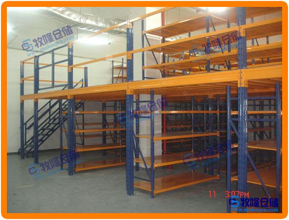 深圳工厂仓储货架图片大全,专业仓库可拆装仓储货架设计图