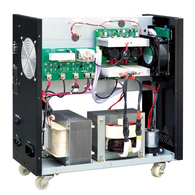 三进三出UPS不间断电源三进三出UPS不间断电源一、概述:TP800中大功率三进三出系列UPS为三相输入三相输出不间断电源。该产品采用先进的数字化技术,高速微处理器、进口IGBT、进口SCR,完全消除了来自电网的各种干扰,使UPS输出稳频,稳压,低失真,低噪音。 适用于对电源干扰敏感,需要稳定、可靠、净化、不间断正弦波交流供电的场合。凭借其完美的电网适应性和负载适应性,广泛应用于通信行业,办公自动化,个人计算机,邮电通信,电力,科研,医疗,银行等环境。 二、规格型号:10KVA 15KVA 20KVA 3