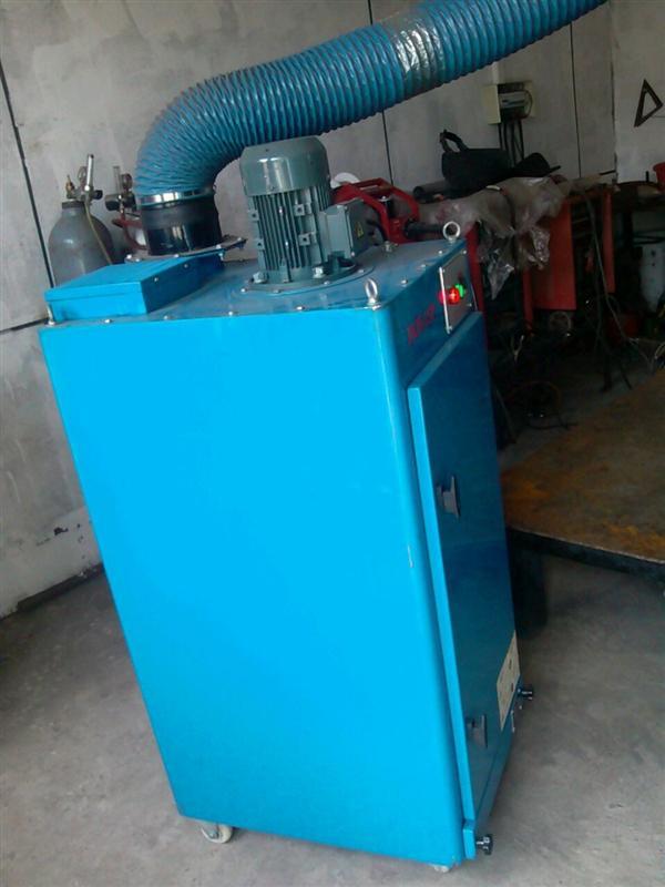 工业空气净化器-供应单机 移动式烟尘净化器-中华机械