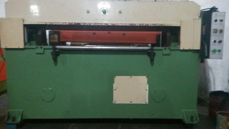 00/台  裁断机电路图 面议 激光下料机 面议 数控下料机 68000.