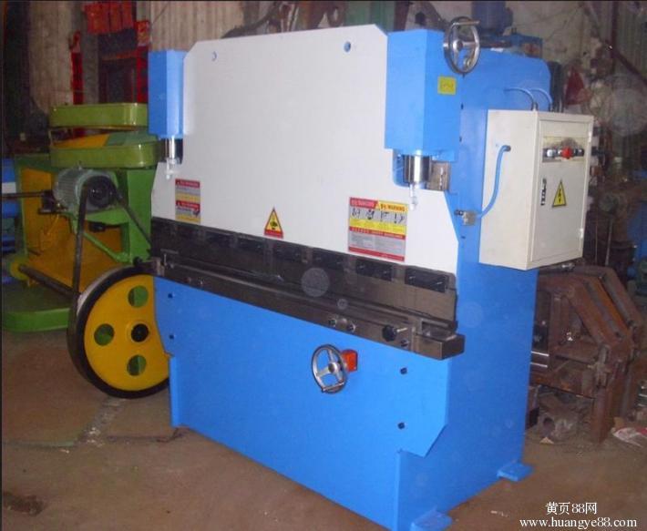 云南昆明小型30T液压折弯机厂家
