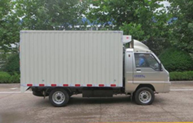 福田驭菱小型药品冷藏车5.5立方