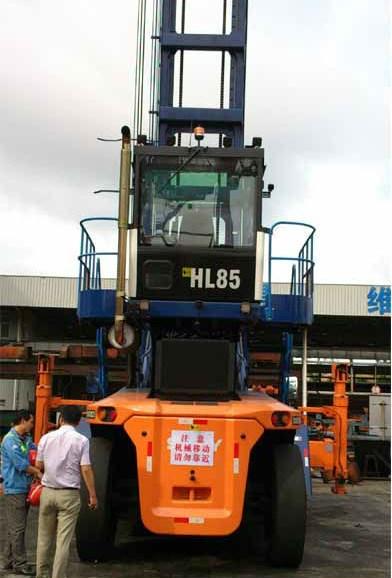 正面吊倒车雷达、24V港口车可视倒车雷达