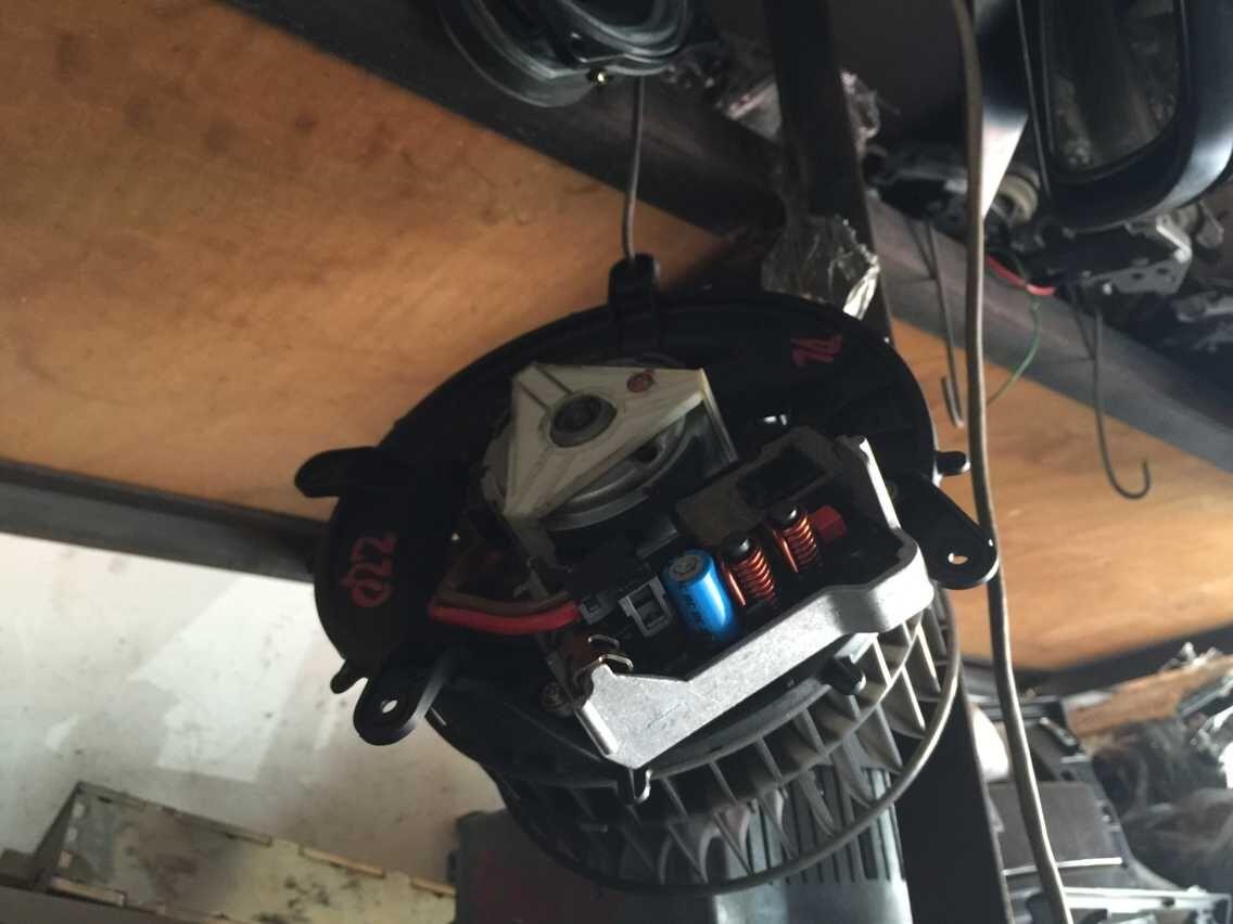 奔驰S600发动机,变速箱,机盖,中网,冷凝器