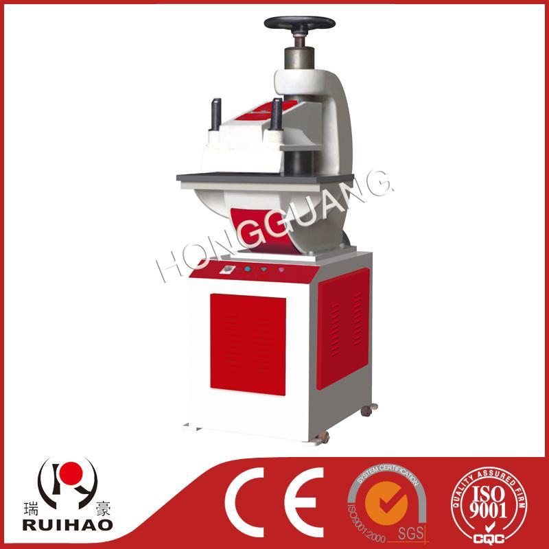 SD626-8型 液压裁料机