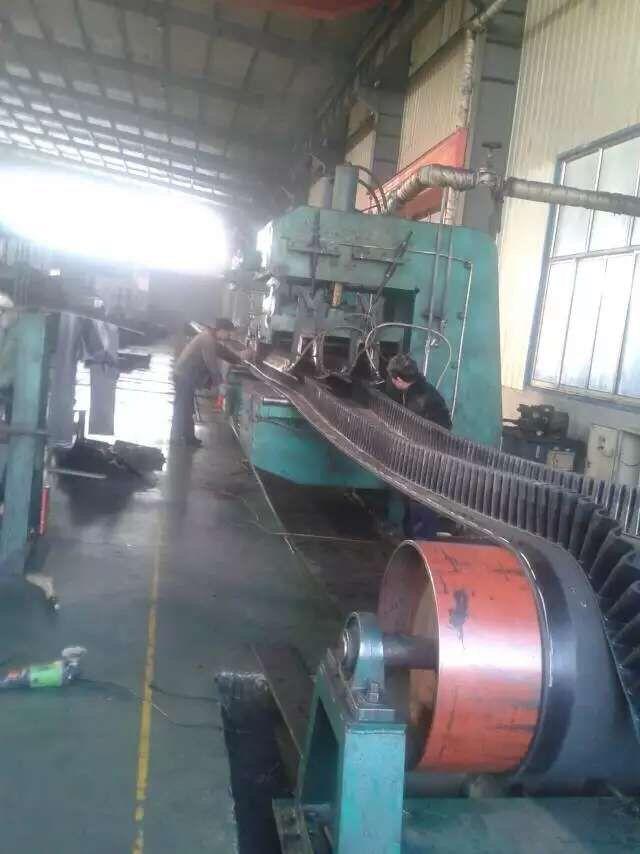 工业皮带-供应青岛橡一输送带平皮带普通胶带pvg