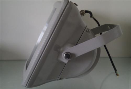 应急功能:采用宽幅稳压,恒功率技术和特殊的电路设计.