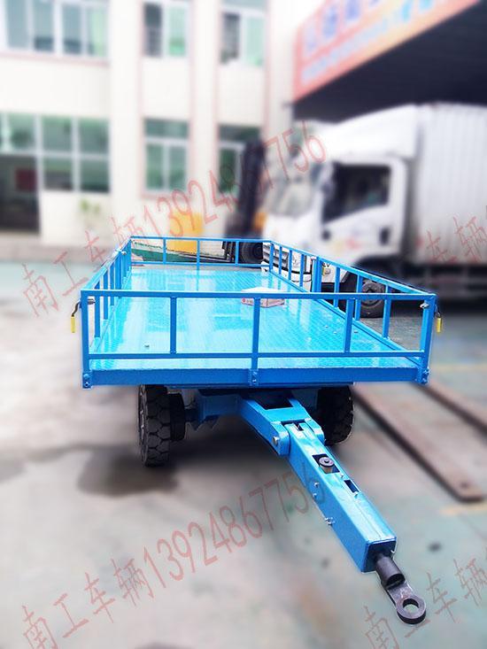 广东优质6吨护栏平板拖车