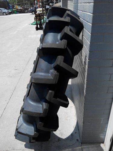 13.6-38水田农用胎 高花R2花纹拖拉机轮胎