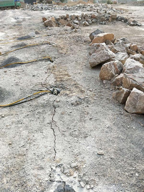 文山州柱塞式劈石器工作原理