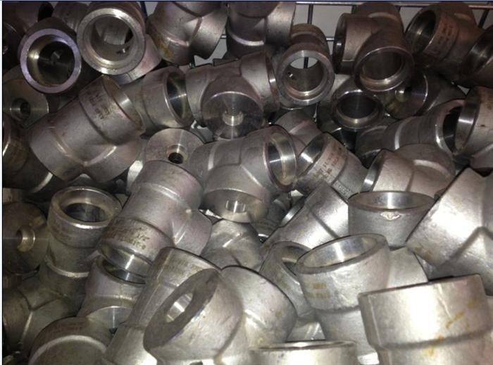 锻制承插焊接三通