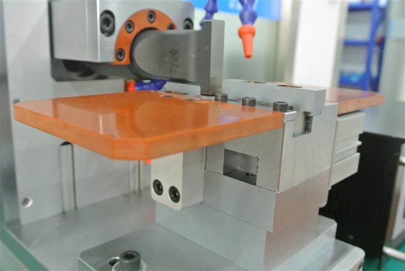 蓄电池极片焊接机