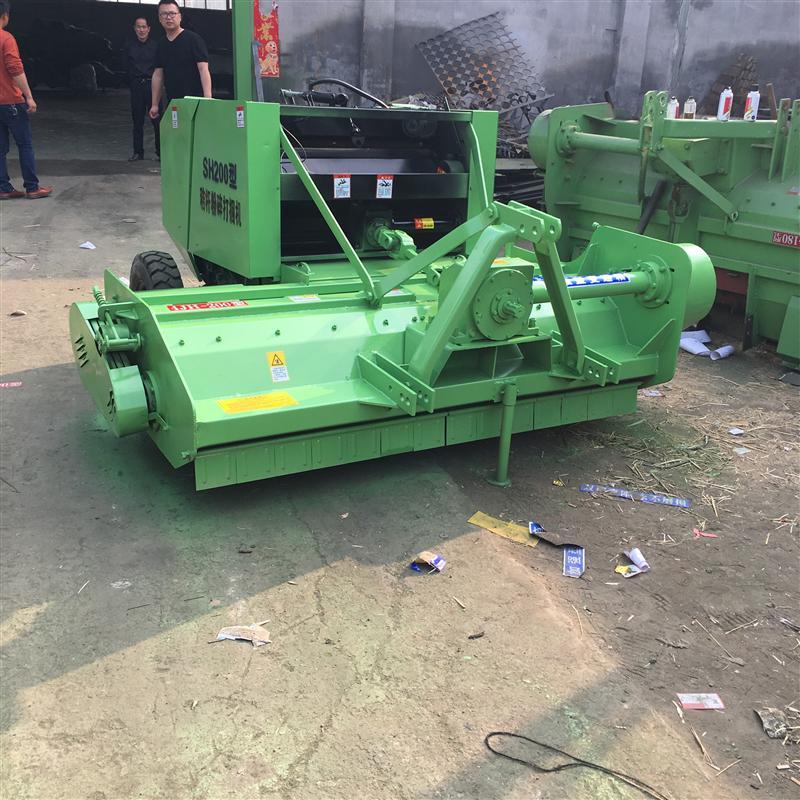 厂家出售玉米秸秆粉碎捡拾打捆机