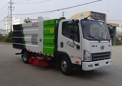 国五江铃清扫车 小型扫路车厂家 道路清扫车全国免费送车