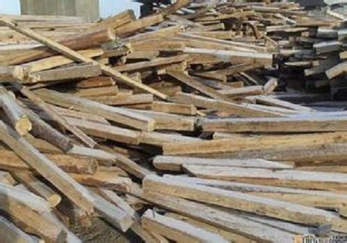 北京二手建筑物资回收公司收购废旧建筑木方模板跳板