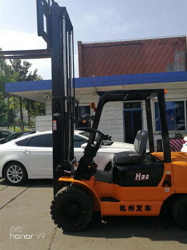 常年销售国内各种品牌柴油叉车 2.5吨 3吨 台励福 合力 丰田 杭州